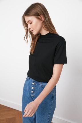 TRENDYOLMİLLA Siyah Dik Yaka Basic Örme T-shirt TWOAW20TS0096 4