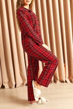 Hadise Ekoseli Düğmeli Pijama Takımı Kırmızı 2