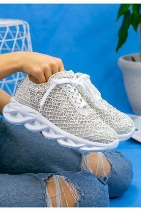 Beyond  Kadın Beyaz Dantelli Bağcıklı Yumuşak Ortopedik Taban Sneaker 3
