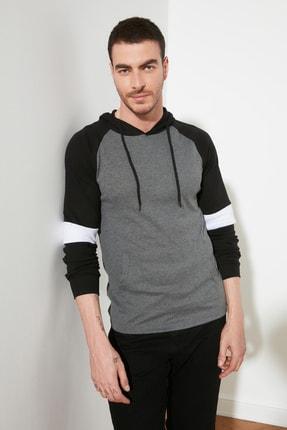 TRENDYOL MAN Antrasit Erkek Kapüşonlu Slim Fit T-Shirt TMNSS20TS0029 0