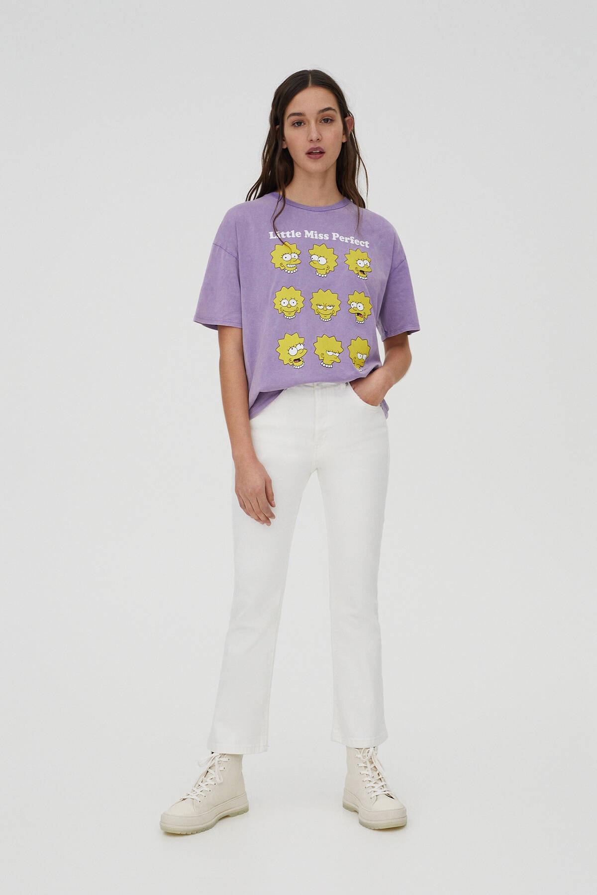 Pull & Bear Kadın Mor Lisa Simpson Görselli T-Shirt 04240372 1