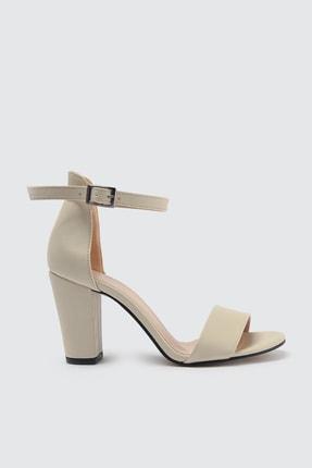 TRENDYOLMİLLA Ten Tek Bantlı Kadın Klasik Topuklu Ayakkabı TAKSS21TO0019 1