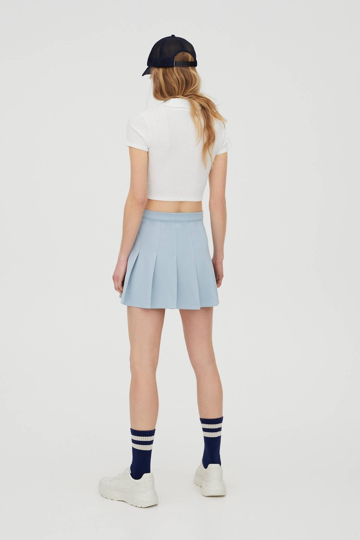 Pull & Bear Kadın  Buz Rengi V Yaka Polo T-Shirt 04240377 2