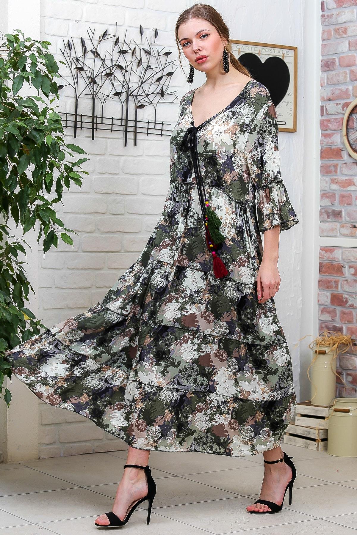 Chiccy Kadın Yeşil-Krem Suluboya Çiçek Desenli Püskül Bağcıklı Kat Kat Salaş Uzun Elbise M10160000EL95621 0