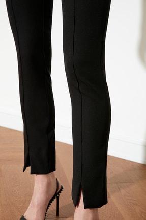 TRENDYOLMİLLA Siyah Paça Detaylı Pantolon TWOAW21PL0517 4