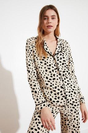 TRENDYOLMİLLA Animal Baskılı Örme Pijama Takımı THMAW21PT0489 0