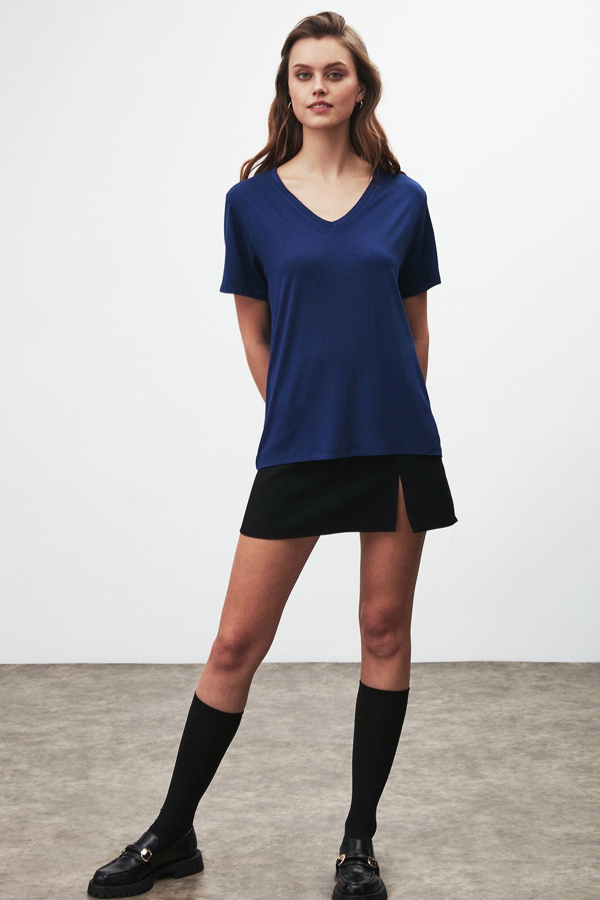 GRIMELANGE Vıolet Kadın Lacivert Comfort Fit V Yaka Kısa Kollu T-shirt 3