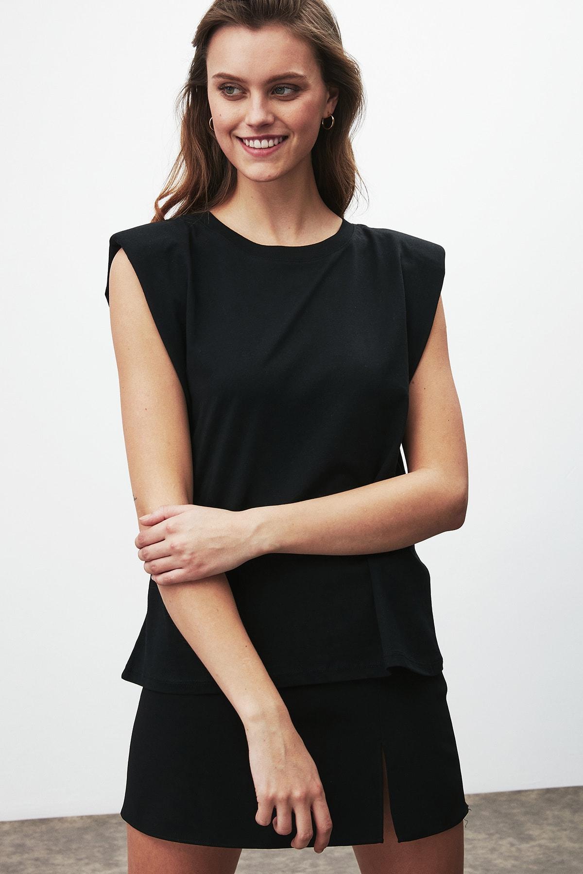 GRIMELANGE Luna Kadın Siyah Omuzları Vatkalı Kolsuz T-shirt 2