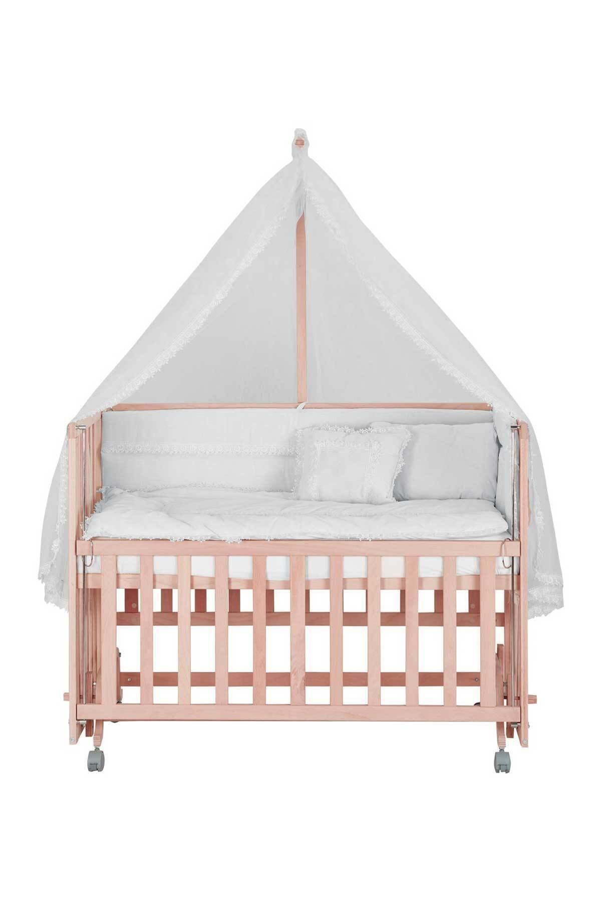 Anne Yanı Doğal Boyasız Ahşap Kademeli Beşik 70x130 Tekerlekli + Beyaz Uyku Seti