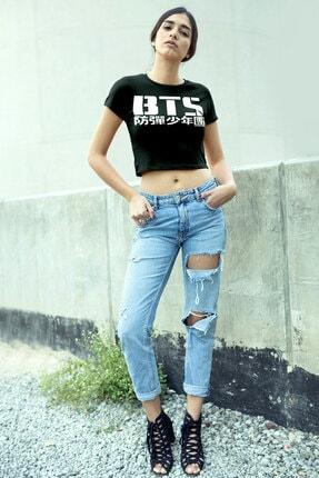 تصویر از BTS Siyah Kısa, Kesik Crop Top Kadın T-shirt 1M1CW023AS
