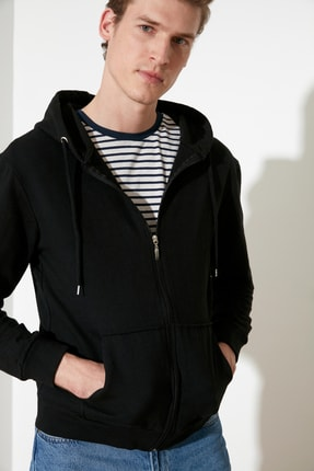 TRENDYOL MAN Siyah Erkek Regular Fit Basic Kapüşonlu Fermuarlı Sweatshirt TMNAW20SW0262 1