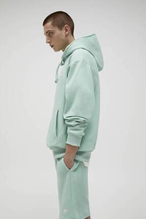 Pull & Bear Erkek Yeşil Basic Renkli Kapüşonlu Sweatshirt 1