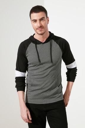 TRENDYOL MAN Antrasit Erkek Kapüşonlu Slim Fit T-Shirt TMNSS20TS0029 2