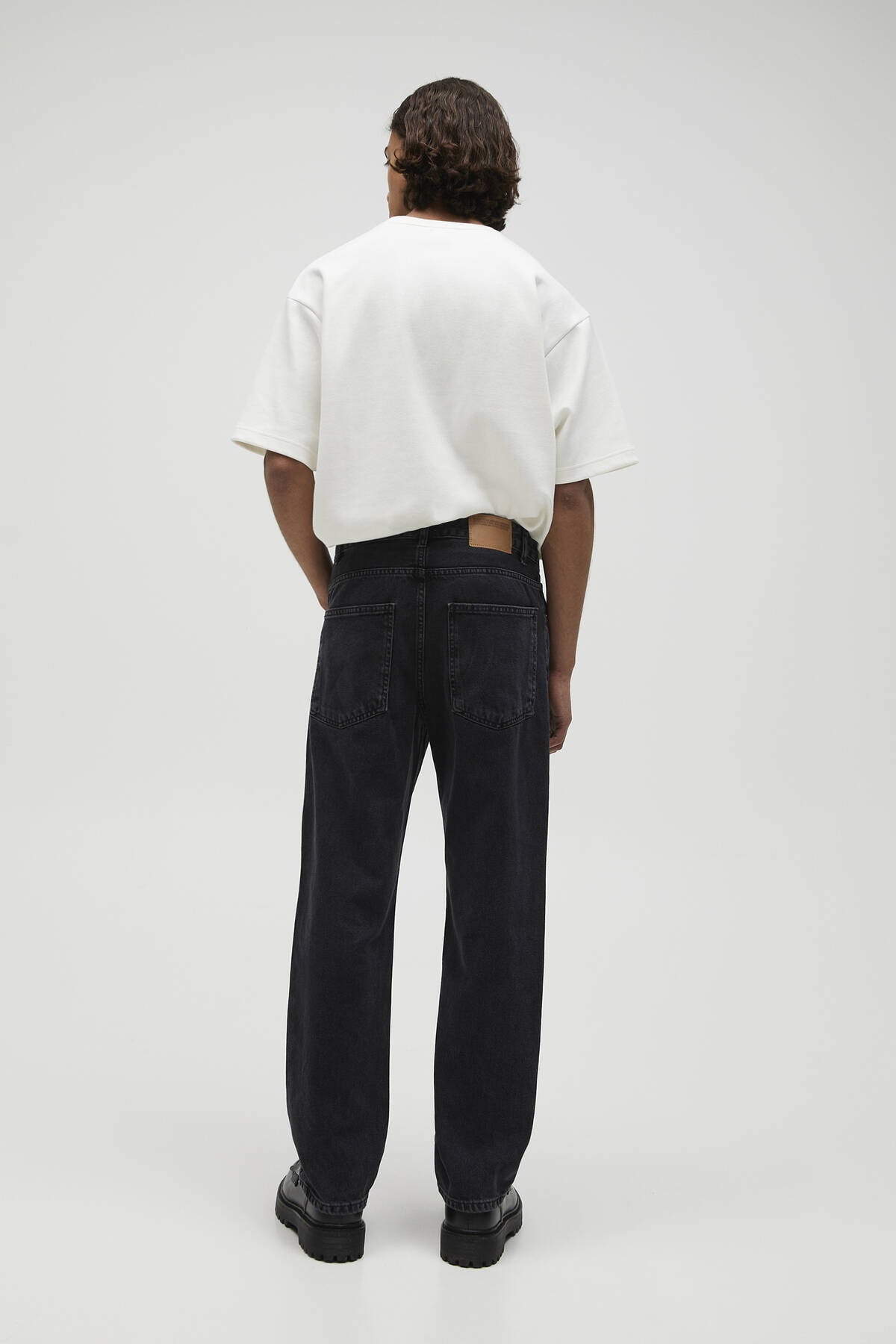 Pull & Bear Erkek Soluk Siyah Vintage Straight Fit Jean 04685522 3