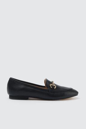 TRENDYOLMİLLA Siyah Altın Tokalı Kadın Klasik Ayakkabı TAKSS21KA0001 1