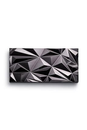 MAKEUP REVOLUTION Far Paleti - Revolution Glass Black Ice Eyeshadow Palette 1