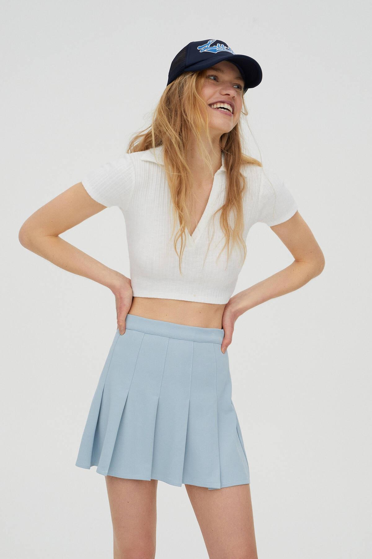 Pull & Bear Kadın  Buz Rengi V Yaka Polo T-Shirt 04240377 0