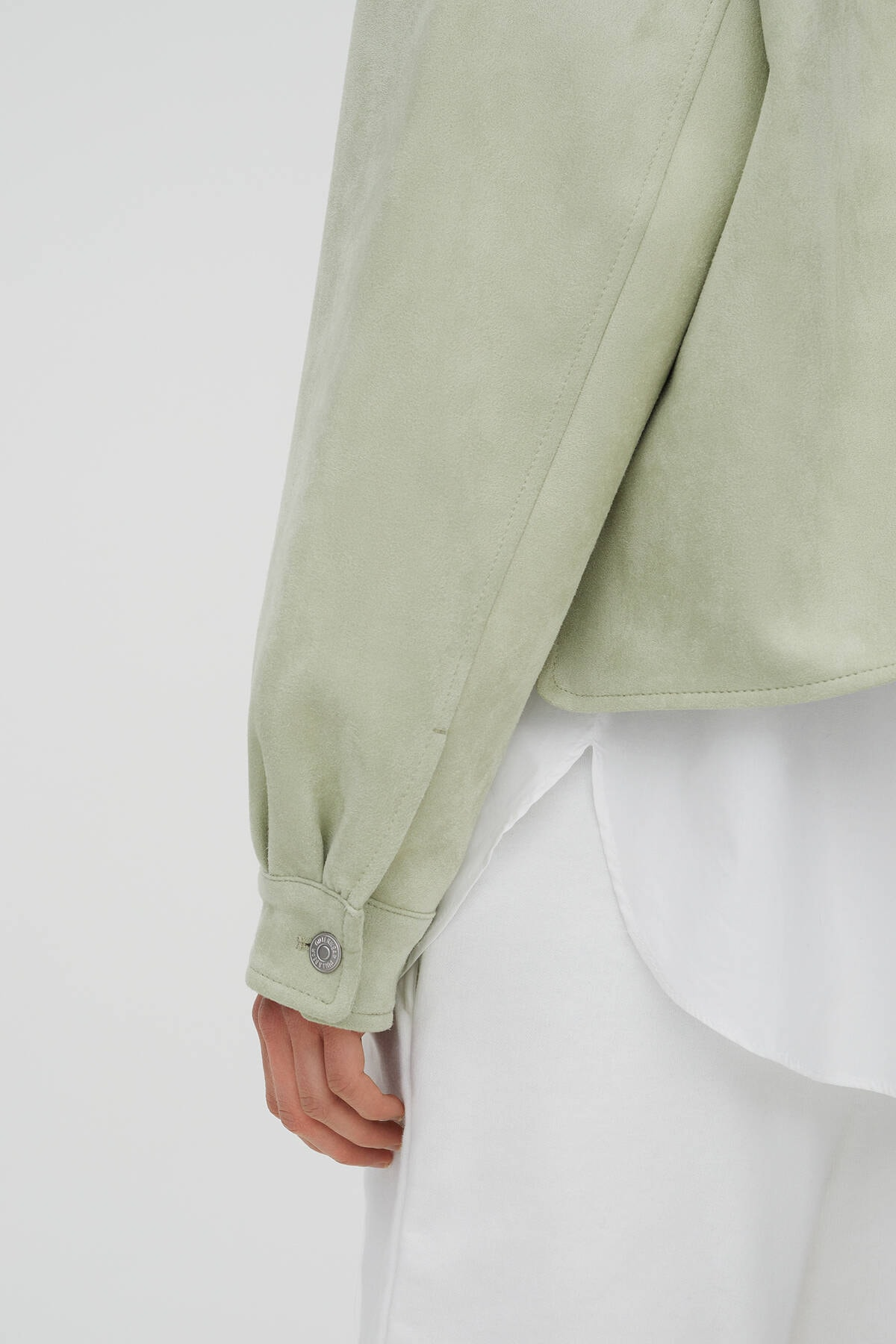Pull & Bear Kadın  Açık Yeşil Crop Fit Suni Süet Ceket 04711315 4
