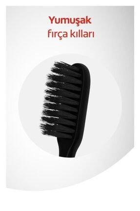 Colgate Mikro Ince Siyah Hassas Temizlik Yumuşak Diş Fırçası 1+1 + Diş Fırçası Kabı Hediye 2