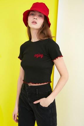 TRENDYOLMİLLA Siyah Nakışlı Fitilli Örme Bluz TWOSS21BZ0770 1