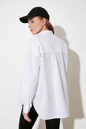 TRENDYOLMİLLA Beyaz Loose Fit Gömlek TWOAW20GO0107 4