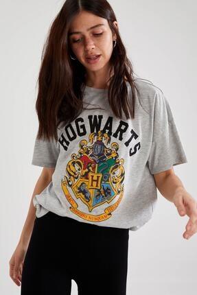 Defacto Harry Potter Lisanslı Oversize Kısa Kollu Tişört 4