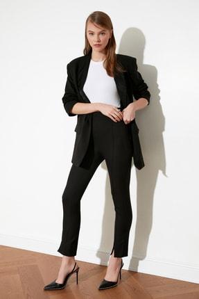 TRENDYOLMİLLA Siyah Paça Detaylı Pantolon TWOAW21PL0517 1