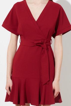 TRENDYOLMİLLA Bordo Kuşaklı Elbise TWOSS20EL0944 3