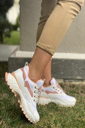 Bayan Sneaker resmi