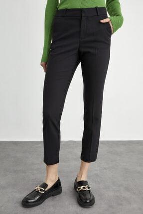 adL Kadın Siyah Paçası Yırtmaçlı Cepli Pantolon 1