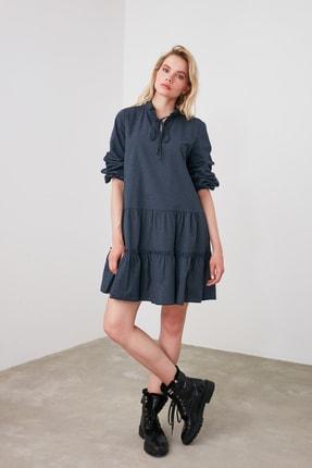 TRENDYOLMİLLA Lacivert Geniş Kesim Fırfırlı Elbise TWOAW20EL1506 1