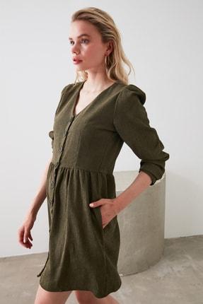 TRENDYOLMİLLA Haki Düğme Detaylı Kadife Elbise TOFAW19ST0191 2