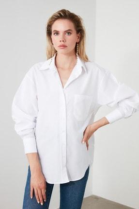 TRENDYOLMİLLA Beyaz Boyfriend Gömlek TWOAW20GO0115 2