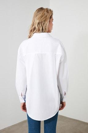 TRENDYOLMİLLA Beyaz Boyfriend Gömlek TWOAW20GO0115 3