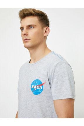 Koton Erkek Nasa Lisansli Baskili Kisa Kollu Bisiklet Yaka  T-Shirt 1