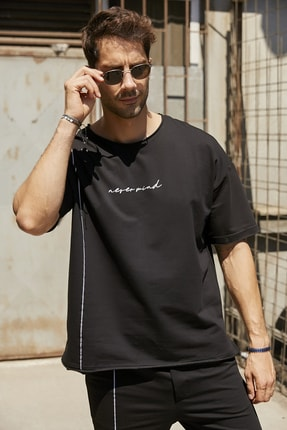 Sateen Men Erkek Siyah Yazılı T-Shirt 1