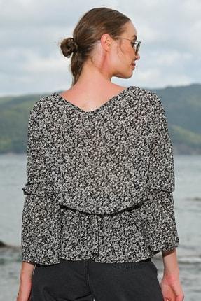 Trend Alaçatı Stili Kadın Siyah V Yaka Desenli Şifon Bluz ALC-020-029-VK-RW1 2