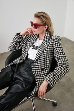 TRENDYOLMİLLA Siyah Kazayağı Blazer Ceket TWOAW20CE0201 4