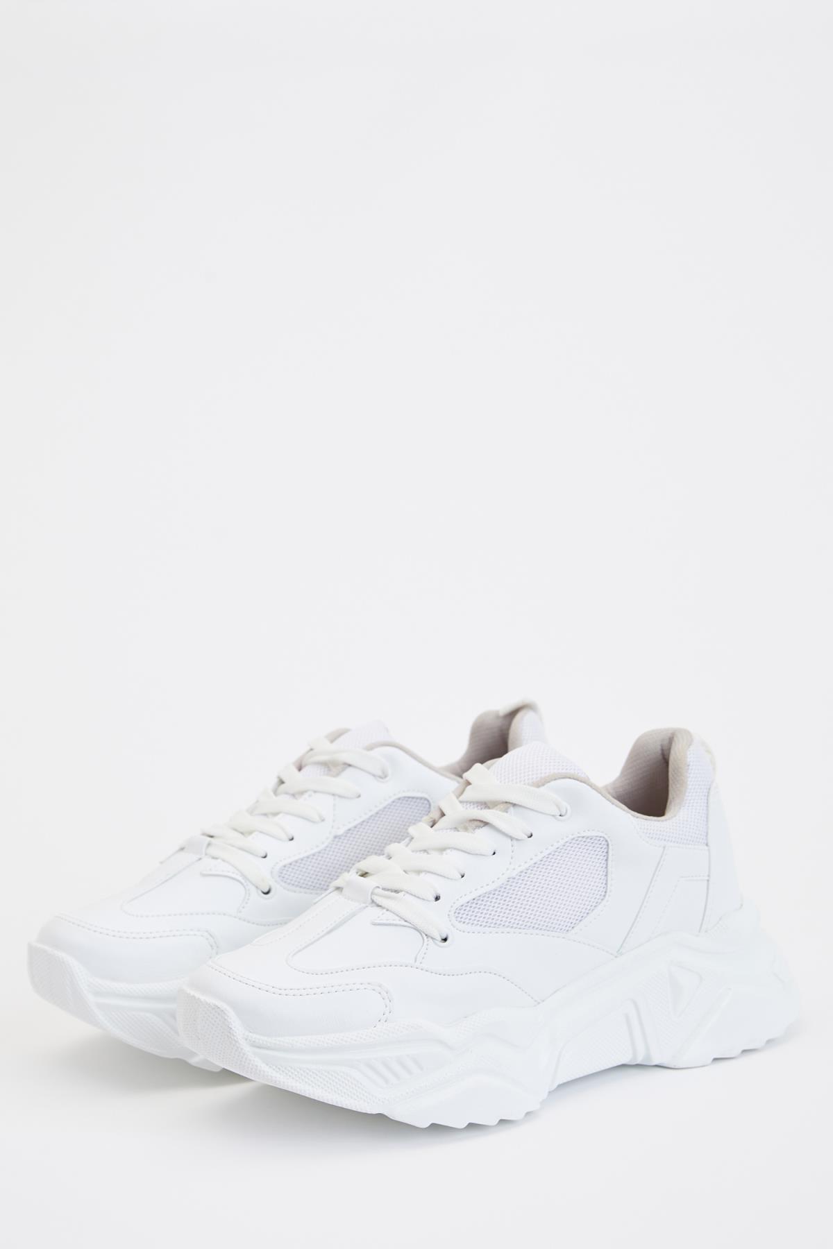 Beyaz Bağcıklı Ugly Sneaker