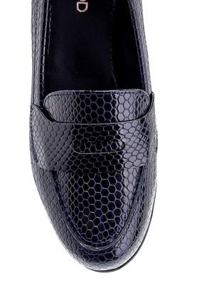 Derimod Kadın Lacivert Yılan Derisi Desenli Ayakkabı 4