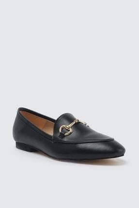 TRENDYOLMİLLA Siyah Altın Tokalı Kadın Klasik Ayakkabı TAKSS21KA0001 2