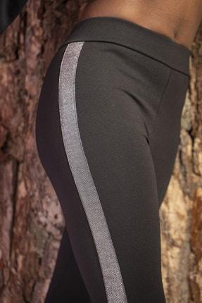 Grenj Fashion Siyah Yanı Gümüş Sim Şerit Detaylı Yüksek Bel Toparlayıcı Tayt 1