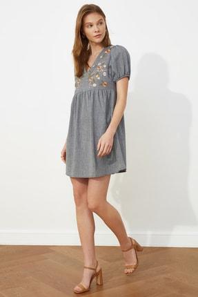 TRENDYOLMİLLA Lacivert Nakışlı Elbise TWOSS21EL0399 1