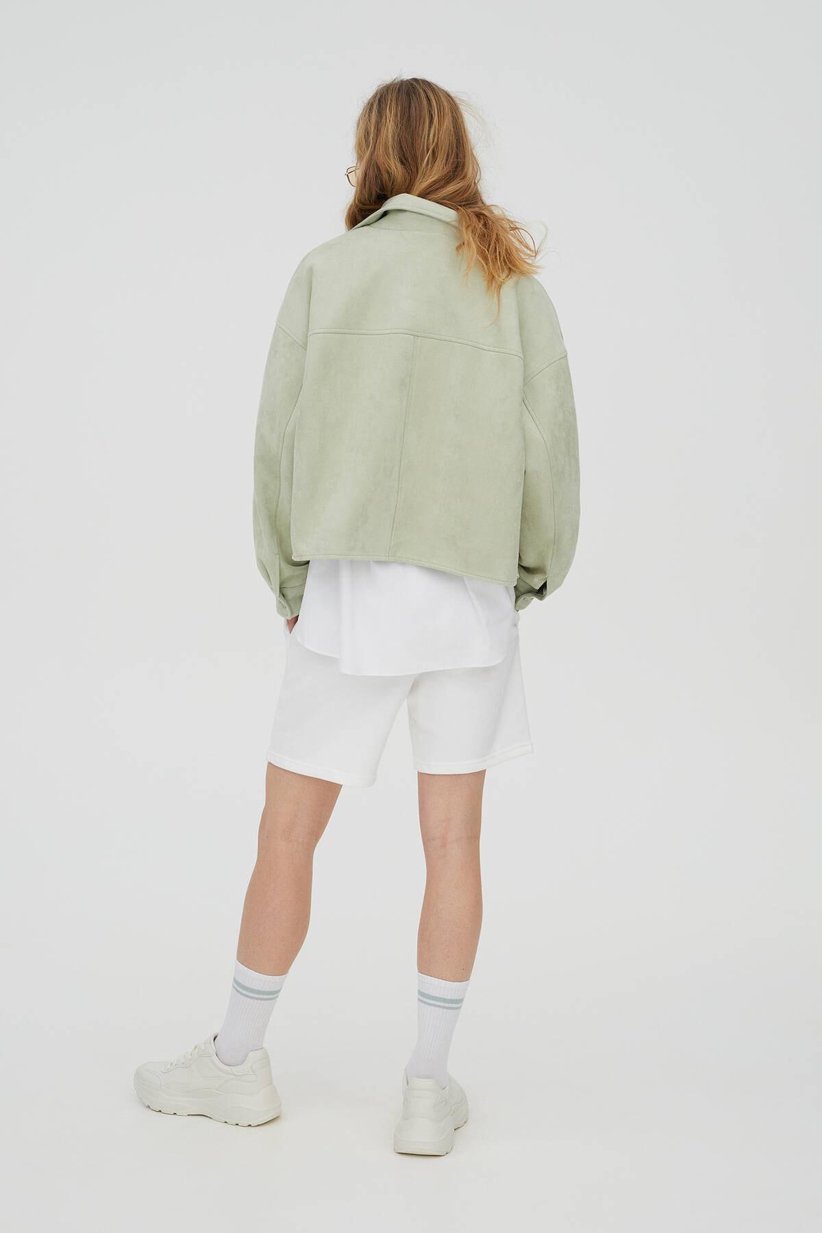 Pull & Bear Kadın  Açık Yeşil Crop Fit Suni Süet Ceket 04711315 3