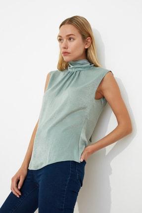 TRENDYOLMİLLA Mint Yaka Detaylı Bluz TWOSS20BZ0490 1