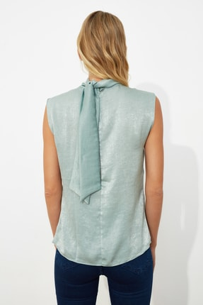 TRENDYOLMİLLA Mint Yaka Detaylı Bluz TWOSS20BZ0490 3