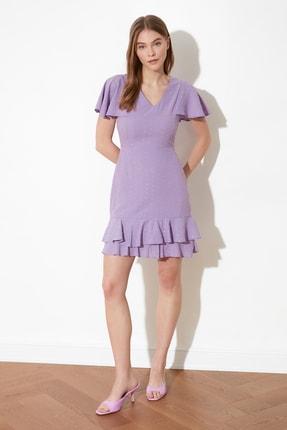 TRENDYOLMİLLA Lila Dokulu Kumaşlı Volanlı Elbise TWOSS21EL1531 0