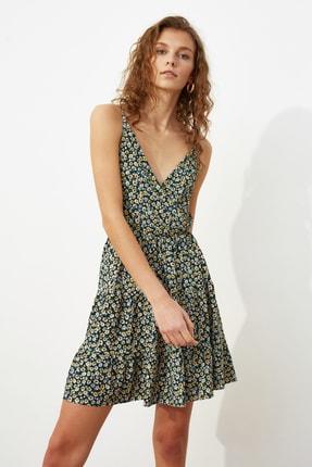TRENDYOLMİLLA Çok Renkli Desenli Kruvaze Örme Elbise TWOSS21EL1554 2