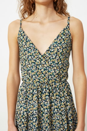 TRENDYOLMİLLA Çok Renkli Desenli Kruvaze Örme Elbise TWOSS21EL1554 3