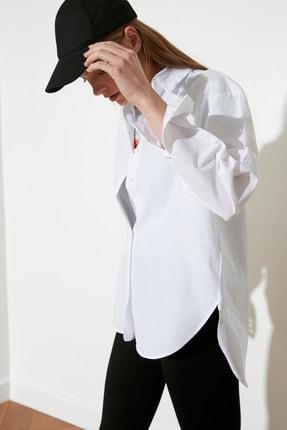 TRENDYOLMİLLA Beyaz Loose Fit Gömlek TWOAW20GO0107 3